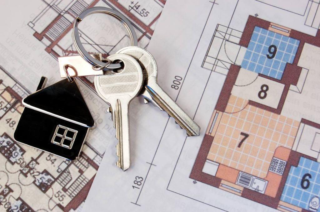 immobilien-grundriss-haus-schluessel