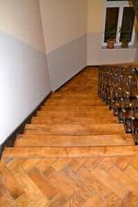 Treppenhaus - Traumdachgeschosswohnung in Haidhausen