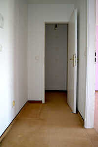 Flur - 1-Zimmer-Wohnung mit sonnigem Westbalkon