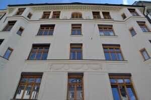 Fassade Vorderhaus - Altbauwohnung in der Maistraße - Toplage in der Münchner City
