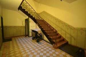 Treppenhaus - Wunderschöne Altbauwohnung in der Maistr. - Toplage in der Münchner City