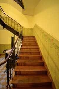 Eingangsbereich Treppenhaus - Wunderschöne Altbauwohnung in der Maistr.