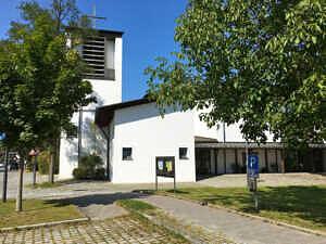 Katholische Kirche Neukeferloh