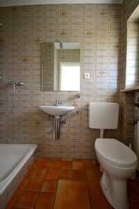 Doppelhaushälfte Vaterstetten Gäste-WC im EG