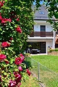 Südgarten Reihenhaus Baldham Ansicht II