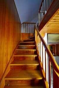 EFH Neufarn-Vaterstetten Holztreppe