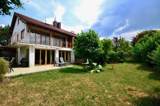 Modernisierte Doppelhaushälfte Grasbrunn Garten Cwc Immobilien