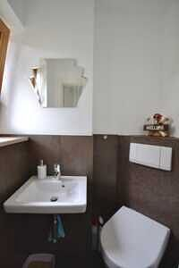 Modernisierte Doppelhaushälfte Grasbrunn - Gäste-WC