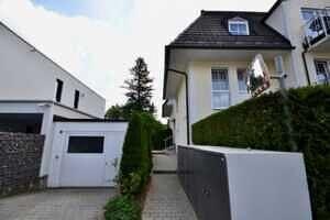 Zugang zum Haus, Bild 2, DG-Maisonette Wohnung Bestlage Waldtrudering