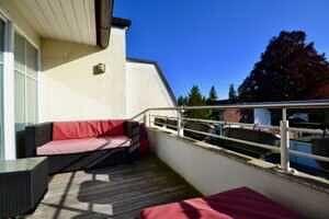 Terrasse, DG-Maisonette Wohnung Bestlage Waldtrudering