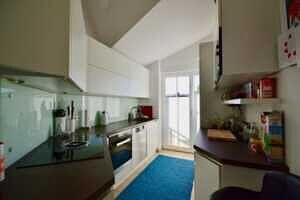 Küche, Ansicht II, DG-Maisonette Wohnung Bestlage Waldtrudering