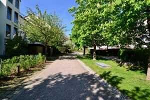 Wohnung mit Südwestbalkon und Garten in Kirchseeon