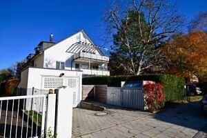 DG-Maisonette-Wohnung Gronsdorf: Hausansicht 2