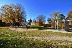 DG-Maisonette-Wohnung Gronsdorf: Spielplatz