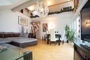 DG-Maisonette-Wohnung Gronsdorf: Wohnzimmer