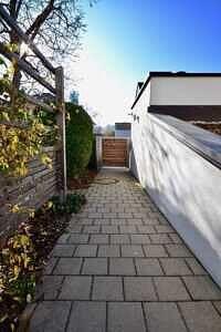 DG-Maisonette-Wohnung Gronsdorf: Zugang zum Haus