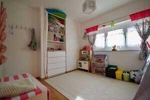 Kinderzimmer, Ansicht 2 - DHH Zorneding zentral